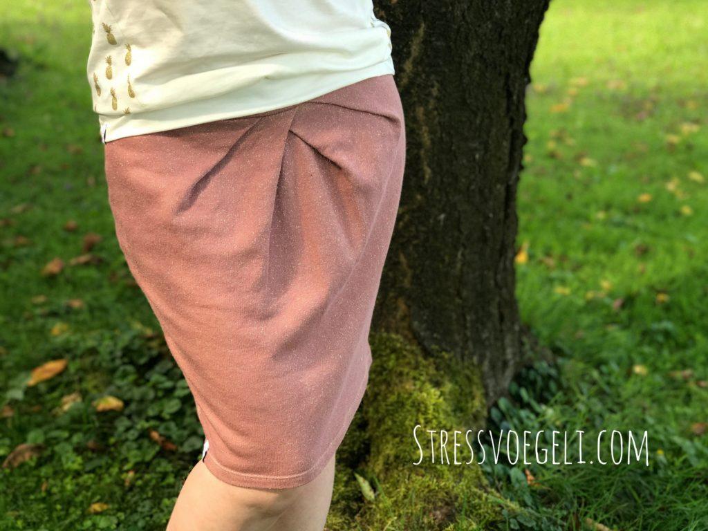 Rock Evchen aus Sweat von Lillestoff Schnittmuster von Konfetti Patterns
